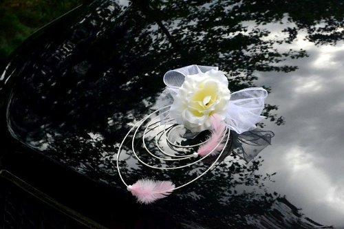 Rattan Deko mit Rosen und Feder Dekoration Hochzeitsdekoration Auto Car Wedding Deko (Weiß)