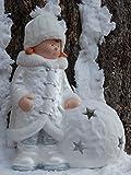 Unbekannt Winter Dekofigur Mädchen mit Schneeball - Weihnachten, Windlicht, Wollmütze, Perlmutt