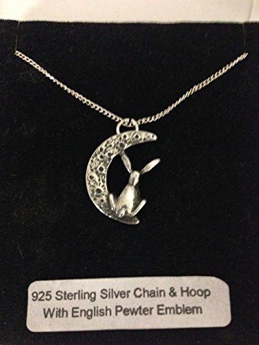 Moon Gazing Hare R187 - Emblema de peltre inglés en un collar de plata de ley 925 de 66 cm