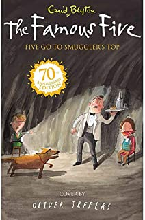 The Famous Five Five Go to Smuggler's Top by Enid Blyton - Paperback