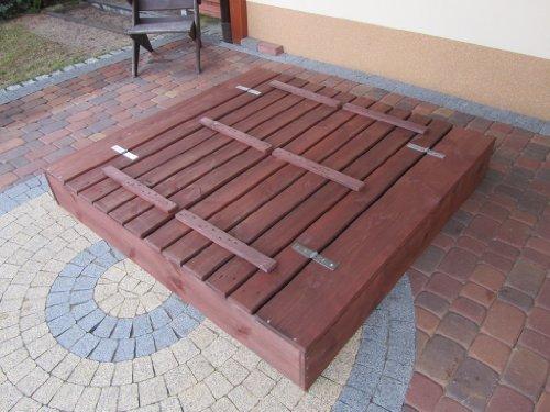 Sandkasten Buddelkasten aus Massivholz mit Deckel und Sitzbänken in Dunkelbraun, 150 cm x 150 cm