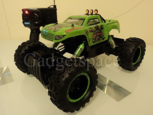 Rock Crawler Stunt Radio Remote Control Car 4 Wheel Drive Rechargeable Car by Retro Gear