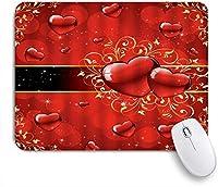 NIESIKKLAマウスパッド ロマンチックな赤いハート型のゴールドストライプの幻想的な恋人 ゲーミング オフィス最適 高級感 おしゃれ 防水 耐久性が良い 滑り止めゴム底 ゲーミングなど適用 用ノートブックコンピュータマウスマット