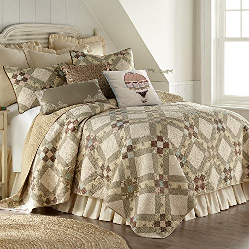 Donna Sharp Full/Queen Bedding Set - 3 Piece - American Beauty Contemporary Quilt Set with Full/Queen Quilt and Two Standard...