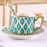 Bone China Set di tazze e piattini Tè Latte Tazze Ufficio Pomeriggio Tazze da viaggio turche di alta qualità Regalo Utensili da cucina Bicchieri-crisoberillo