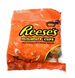 (1) 3.1 oz Mini Bag Reese's Peanut Butter and Milk Chocolate Individually Wrapped Miniature Cups Candy (Single Serve Bag - Approximately 9 to 10 Pieces)