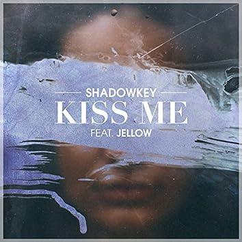 Kiss Me (feat. Jellow)