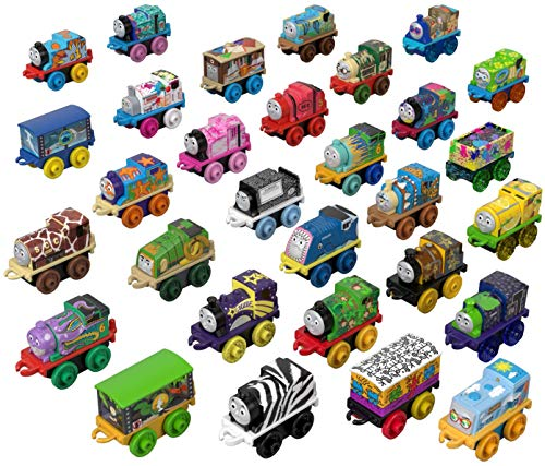 Thomas & Friends MINIS, Toy Trains 30 Pack (Styles May Vary)