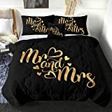 Sleepwish His and Hers Comforter Set King Size Mr Mrs Bedding for Couple 4 Piece King Queen Bed Sets Gold Letter Cute Heart Black Quilt Sets (1 Reversible Comforter, 2 Pillow Sham, 1 Cushion Cover)