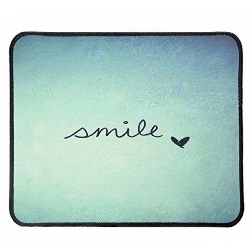 Maus Pad, Gaming Mauspad mit glatter Oberfläche und genähten Kanten für Gaming und Büro, 30 x 24,9 x 0,3 cm (Smile)
