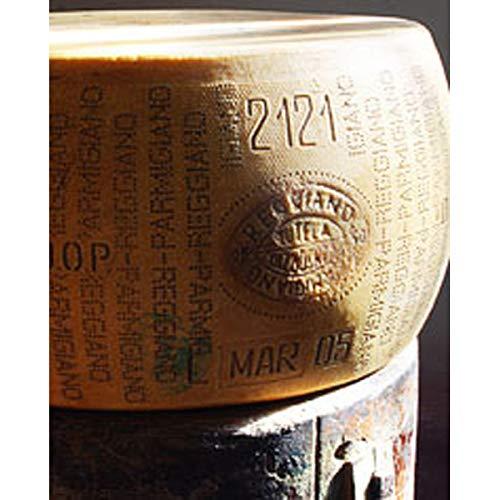 100 Monate Reifung - Parmesan Parmigiano Reggiano DOP Extra Stravecchione - Weltmeister 2020 - Parmesankäse 1Kg