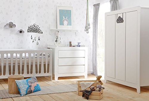 Babyzimmer Kinderzimmer Nicea weiß MDF, Komplettset B, Bett Schrank Kommode Wandregal