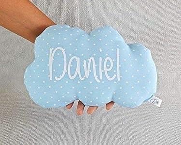 Cojín nube para bebé personalizado. *Novedad: Puedes añadir una casa personalizada, es el envoltorio perfecto para presentar de una manera original un regalo a un recién nacido.