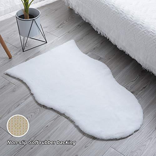 SXYHKJ Faux rutschfeste Kurzfell-Teppich Kunstfell Hasenfell Imitat   Wohnzimmer Schlafzimmer Kinderzimmer   Als Faux Bett-Vorleger oder Matte für Stuhl Hocker Sofa (Weiß, 75x120cm)