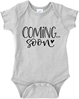 Pregnancy Announcement Onesie Size 0-3 Months: Coming Soon Baby Announcement for Family Romper Gray. Baby Boy Girl