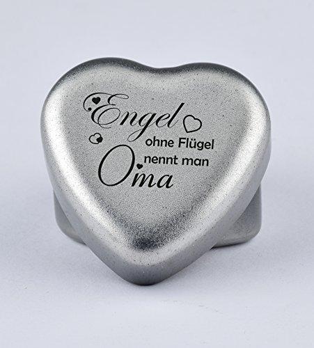 Duftkerze Teelicht Vanille in Herzform mit Gravur Engel ohne Flügel nennt Man Oma auf dem Deckel als Geschenk zum Geburtstag oder zu Weihnachten