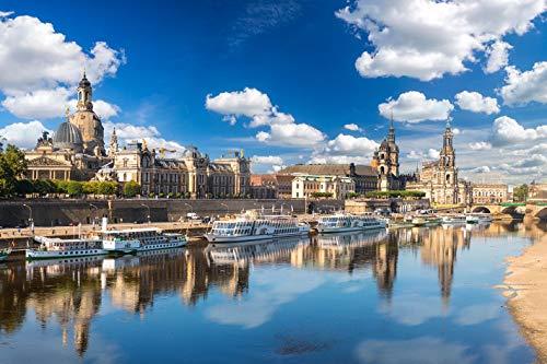 Jochen Schweizer Geschenkgutschein: Erlebnistag: Schiffsrundfahrt & Candle Light Dinner in Dresden für 2