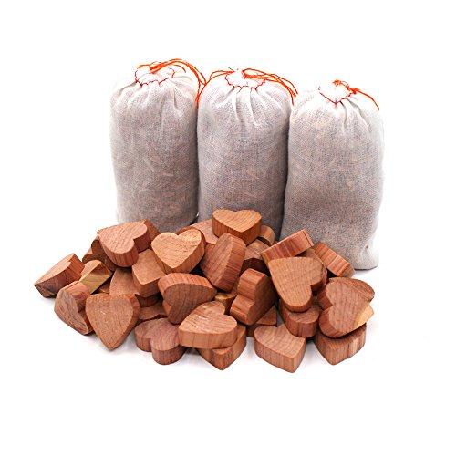 Yizhet Boules en Bois de Cèdre antimites Set,Anti-Mites Bois de Cèdre Naturel sans Produit Chimique,50 Cœurs Antimites,3 Sachets de Cèdre
