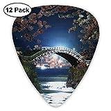 錦帯橋 全米桜祭り ピック ギターピック 12個入り それぞれ厚さ カラフル PUレザー ピックケース付き Thin 0.46mm、Medium 0.71mm、Heavy 0.96mm 各4枚