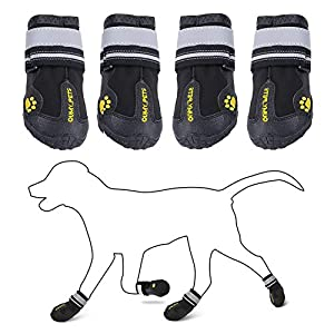 QUMY Dog Boots Shoes for Large Breed Dogs with Reflective Strip Rugged Anti-Slip Sole 4PCS (Size 8: 3.4″x3.0″(LW) for 74-88 lbs, Black-Upgrade)