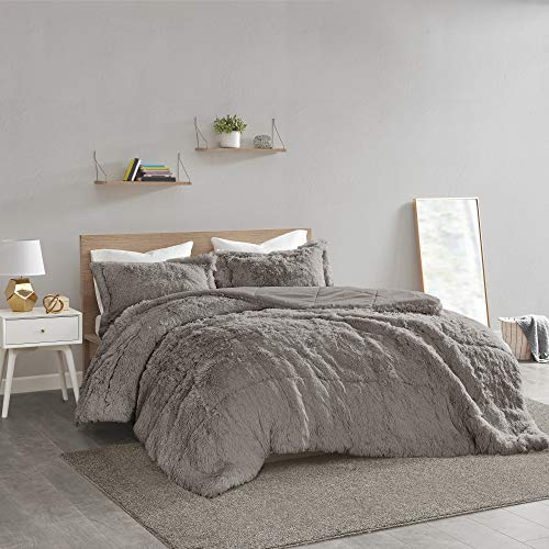 Intelligent Design Malea 2 Piece Shaggy Faux Fur Comforter Solid Plush Double Sided Box Design Modern Casual All Season Quilt Bedding Set with Matching Sham, Full/Queen, Grey