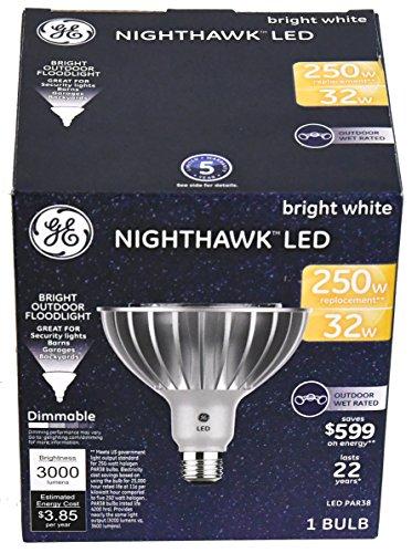 Nighthawk LED 32W GE LED Bright White Outdoor Floodlight 3000 Lumens (1 Bulb per Package)