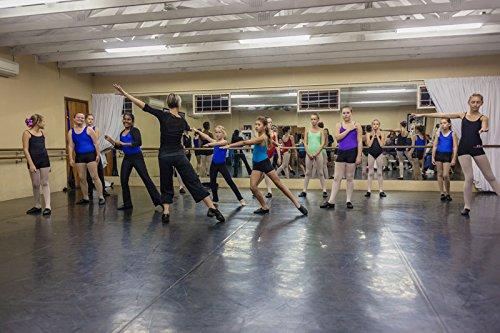Alvas Matlay Dance Floor
