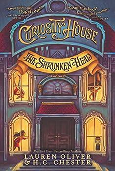Paperback Curiosity House: the Shrunken Head Book