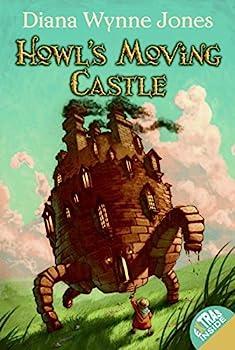 Paperback Howl's Moving Castle Book
