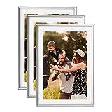 Lot de 3 Cadres Photo A4 Silver (21x29.7 cm) - Cadre Photo en résine avec vitre en PLEXI - Livré avec Pied chevalet et Crochets pour Fixation au Mur. Idéal pour Photo, diplômes, publicité.