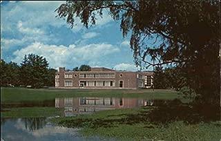 Student Union, University of Massachusetts Amherst Original Vintage Postcard
