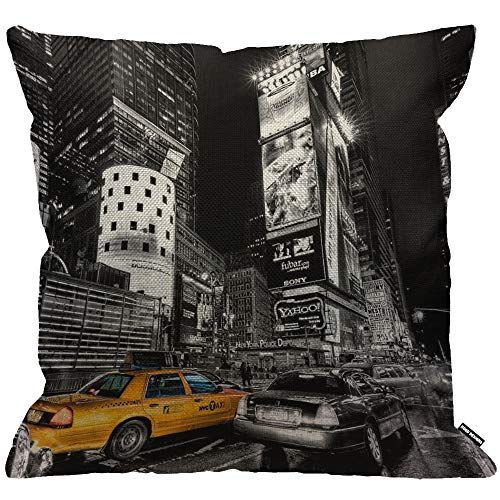 HGOD DESIGNS Cushion Cover New York Fifth Avenue Night City Yellow Taxi Car,Throw Pillow Case Home Decorative for Men/Women Living Room Bedroom Sofa Chair 18X18 Inch Pillowcase 45X45cm