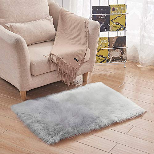 m·kvfa Soft Rug Chair Cover Artificial Sheepskin Wool Warm Hairy Carpet Seat Mats Rug for Kitchen Floor Hallway Living Room Changing Car Bathroom Table Bedroom (Grey)