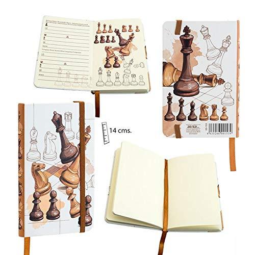 Libreta de Notas A6 con Cubiertas Rígidas, Cierre de Goma Plana y Bolsillo en la Tapa. Modelo Ajedrez