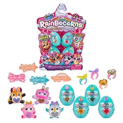 RAINBOCORNS ITZY GLITZY SURPIRSE: These mini Rainbocorns love all things glitter, sparkles and bling! With removable bows and wings, there are so many ways to collect, mix and match with Itzy Glitzy's! FIND THE RARE ITZY GLITZY'S: There are 26 Itzy G...