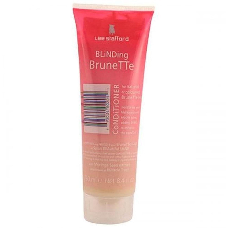 アセと遊ぶ消毒するLee Stafford Blinding Brunette Conditioner For Natural & Coloured Hair 250ml