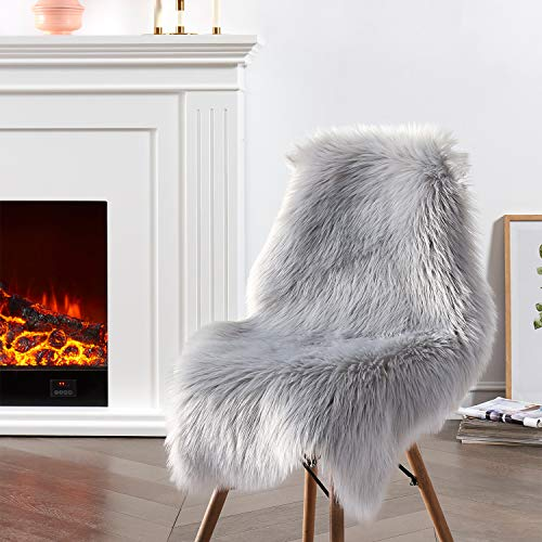Ciicool Faux Sheepskin Rugs Soft Faux Fur Rugs Grey Fluffy Rugs Chair Couch Cover Furry Rugs for Bedroom Floor Sofa Living Room 2x3 Feet
