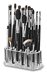 Wondering how to store your make up brushes? Or looking for makeup holder organisers ideas? Here is a list 10 best makeup holder for a better organization in your desk or even when you travel. Some makeup holders set are DIY, Rose Gold, from Ikea, Vintage outlook, and others made of Glass. Number #8 is my favorite click the post to see why. #travel #makeup #beauty #Autumn #fall #storage #nails #Organization