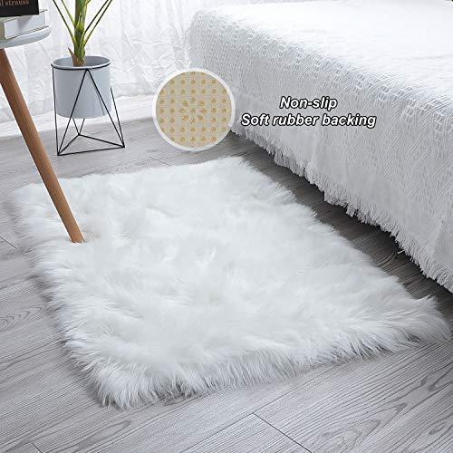 SXYHKJ 【Upgrade Anti-Rutsch Lammfell-Teppich Lang Kunstfell Schaffell Imitat   Wohnzimmer Schlafzimmer Kinderzimmer   Als Faux Bett-Vorleger oder Matte für Stuhl Sofa (Weiß, 75x120cm)