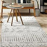 Antep Rugs Bohemian Geometric 6x9 Indoor Area Rug Phoenix, Gray/White, 6'7' x 9'