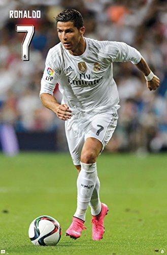 Trends International Real Madrid Cristiano Ronaldo - Póster de pared (56,8 x 86,4 cm)