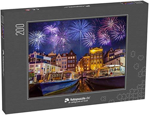 fotopuzzle.de Puzzle 200 Teile Traditionelle alte Gebäude und Boote mit Feuerwerk in Amsterdam, Niederlande (1000, 200 oder 2000 Teile)