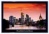 Close Up Frankfurt am Main Poster (63,5x94 cm) gerahmt in: