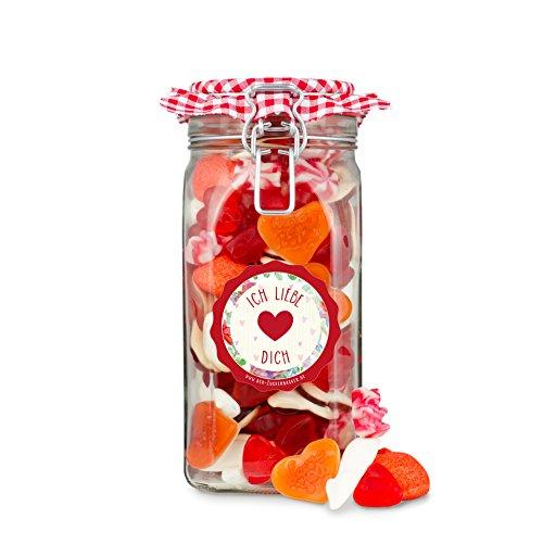 Liebesglas, großes Glas gefüllt mit einem rot-weißen-Süßigkeiten-Mix, Süßes Valentinstags-Geschenk