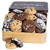 🍪 IT'S A BATCH MADE IN HEAVEN: Give the gift of the world's freshest old-fashioned delicacy with my buttery, melt-your-heart chocolate chip cookies. Presented in an original tin, these yummy straight-from-the-oven specialty desserts will have the ent...