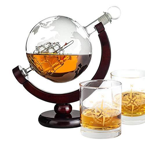 Geschenke 24 Whiskyset mit Glas Gold - Glaskaraffe mit gravierter Weltkarte und 2 Whiskey Gläser - Gravur mit Kompass - Dekanter 850 ml Luftdicht verschlossen - Whiskey Geschenke für Männer