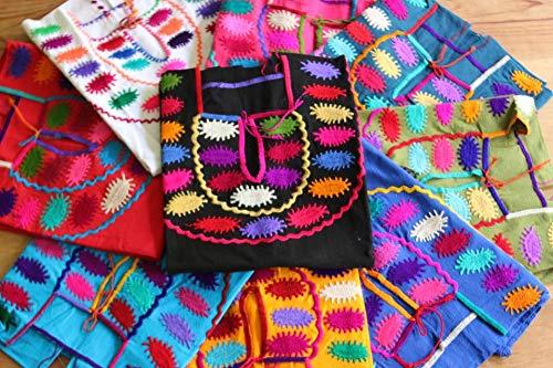 LOTE de 6 Blusas Mexicanas de Manta con Bordado Tipico modelo Escarabajo