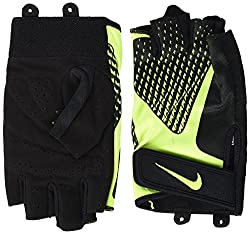 Material: 82% Polyester, 15% Nylon, 3% Rubber Strap on the wrist Extended middle finger Unterseite Protects against calluses during training