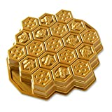 Honeycomb-inspired pan divides your dessert into perfectly portioned cake lets How about pull-stick buns, One more fun way to create a sweet buzz Made from cast aluminum Oven safe to 400 degrees with 10-cup capacity Lifetime warranty and made in the ...