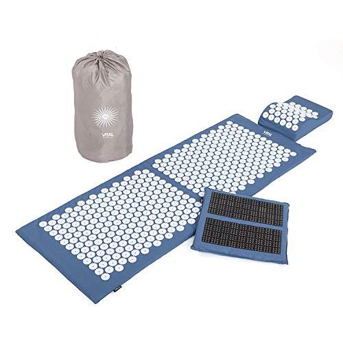 Akupressur-Set VITAL DELUXE XL SPIKY (blau): Akupressurmatte (130 x 50 cm), Akupressurkissen und -Fußmatte im günstigen Set, vitalisierende und wohltuende Entspannungsmatte & Kissen